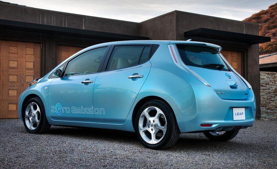 2011 Nissan Leaf SL - Slide 11