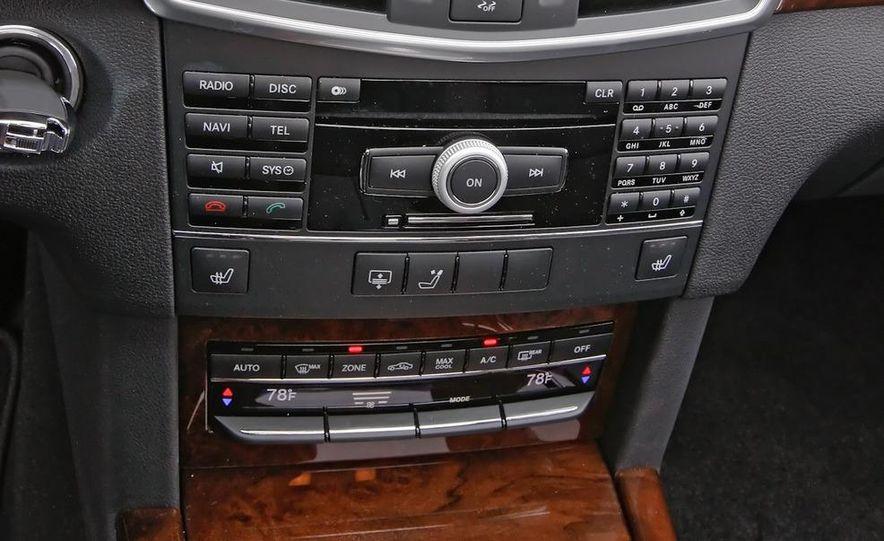 2011 Mercedes-Benz E350 BlueTec - Slide 21