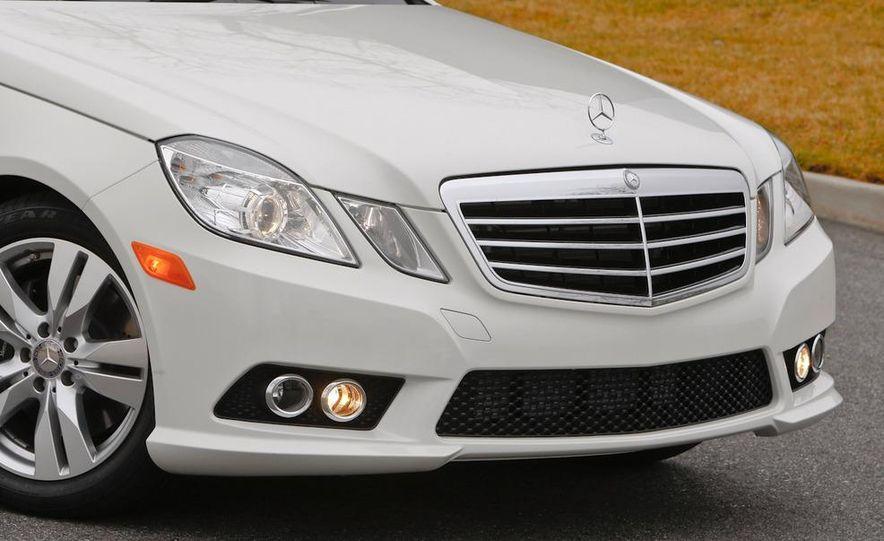 2011 Mercedes-Benz E350 BlueTec - Slide 13