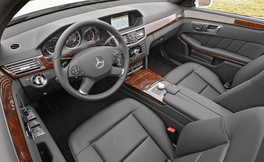 2011 Mercedes-Benz E350 BlueTec - Slide 18