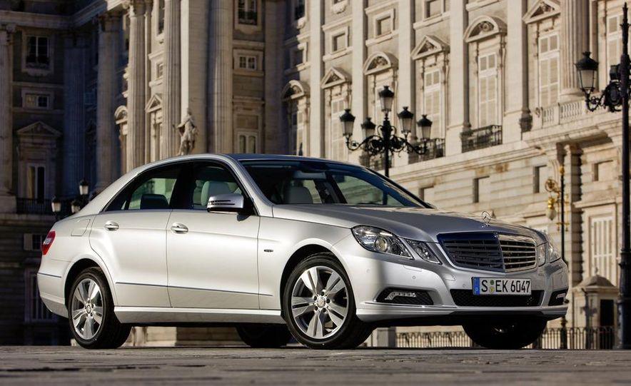 2011 Mercedes-Benz E350 BlueTec - Slide 10