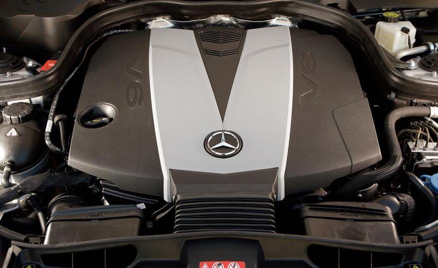 2011 Mercedes-Benz E350 BlueTec - Slide 25