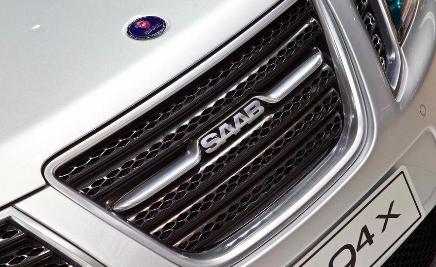 2011 Saab 9-4X Aero - Slide 32
