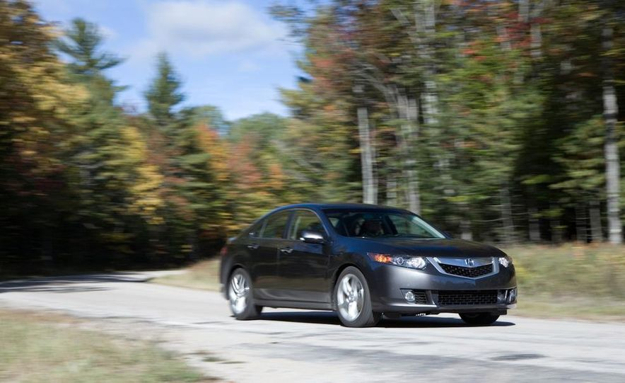 2010 Volkswagen CC 2.0T R-Line, 2010 Acura TSX V-6, and 2011 Buick Regal CXL Turbo - Slide 23