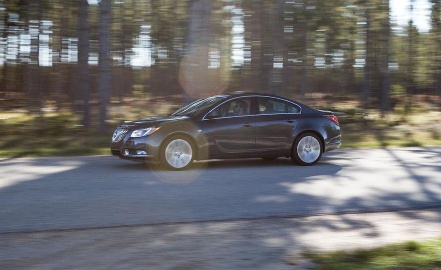 2010 Volkswagen CC 2.0T R-Line, 2010 Acura TSX V-6, and 2011 Buick Regal CXL Turbo - Slide 10