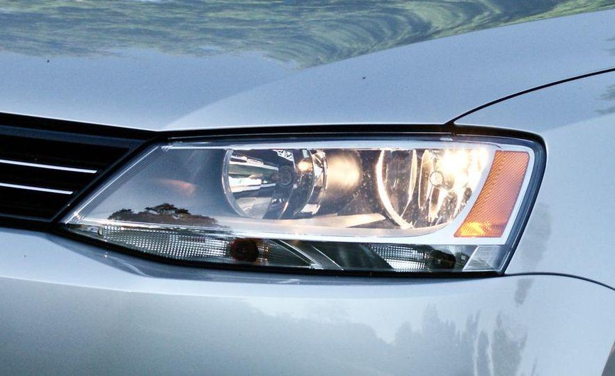 2011 Volkswagen Jetta TDI - Slide 5