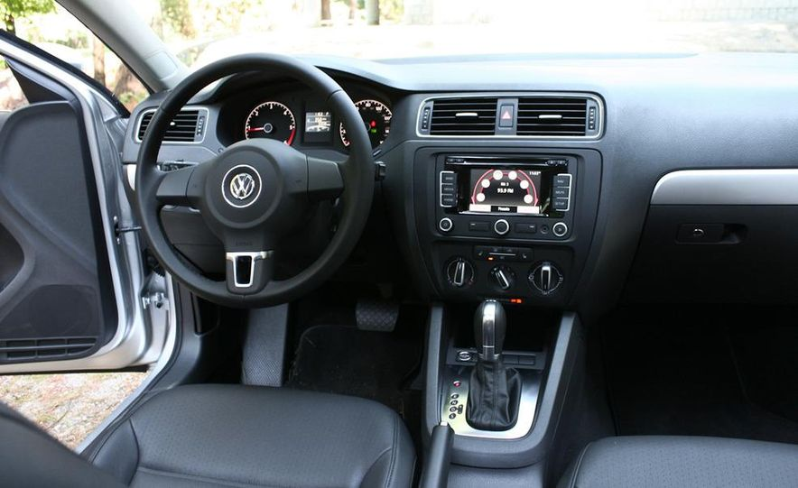 2011 Volkswagen Jetta TDI - Slide 12