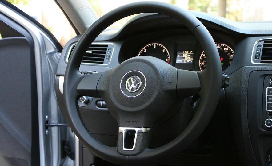2011 Volkswagen Jetta TDI - Slide 13