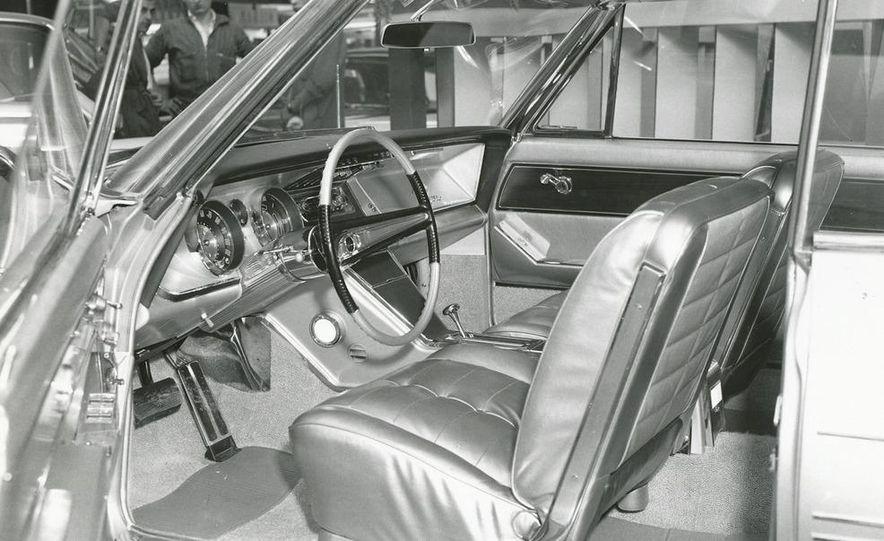 1938 Buick Century Convertible Phaeton (Model 60-C ) - Slide 16