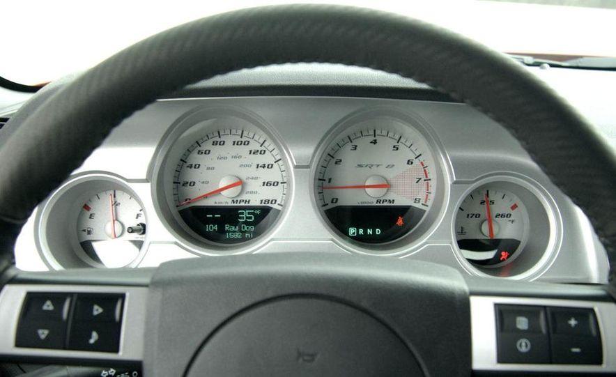 2011 Dodge Challenger SRT8 392 - Slide 24