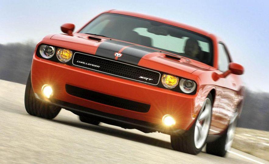 2011 Dodge Challenger SRT8 392 - Slide 11