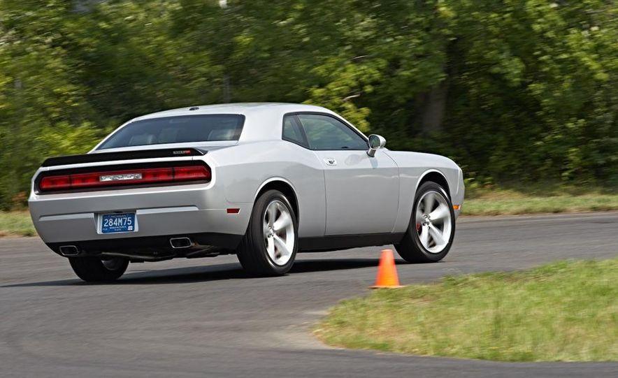 2011 Dodge Challenger SRT8 392 - Slide 6
