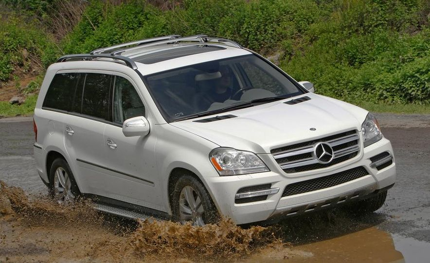 2011 Mercedes-Benz GL350 BlueTec 4MATIC - Slide 5