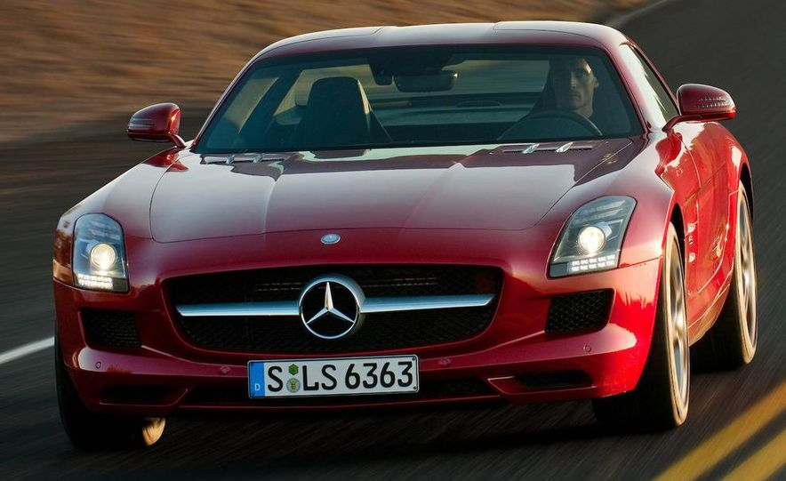 2012 Mercedes-Benz SLS AMG roadster - Slide 4