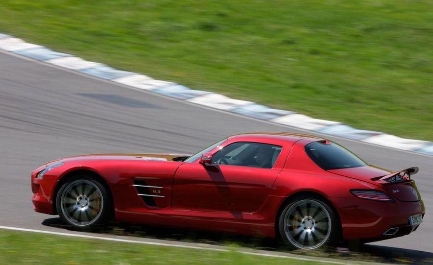 2012 Mercedes-Benz SLS AMG roadster - Slide 26