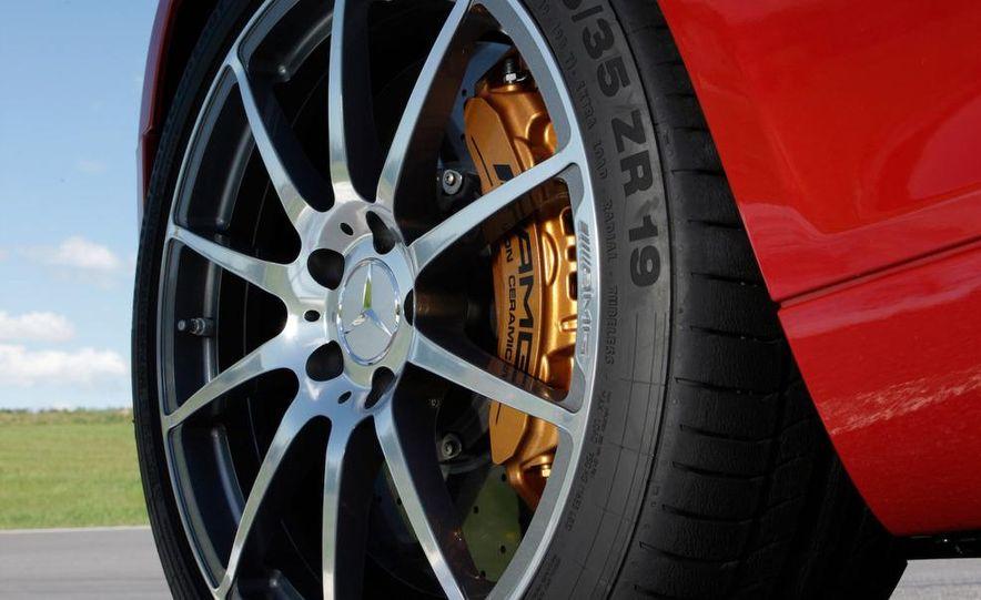 2012 Mercedes-Benz SLS AMG roadster - Slide 63