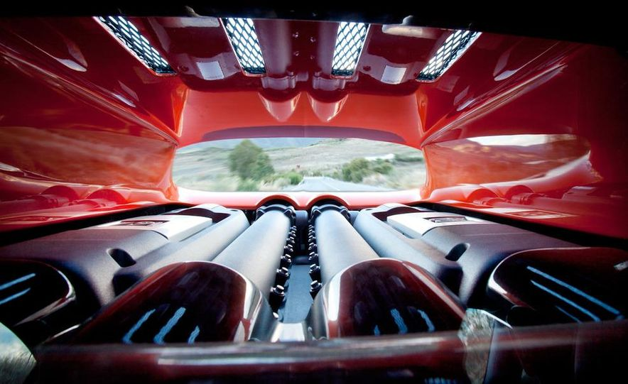 2011 Bugatti Veyron 16.4 Super Sport - Slide 4