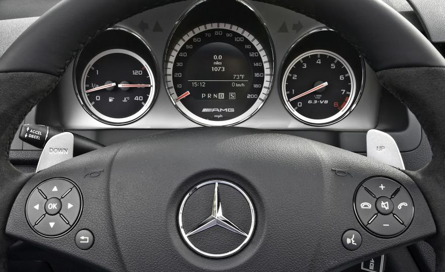 2012 Mercedes-Benz C63 AMG Black Series (spy photo) - Slide 15