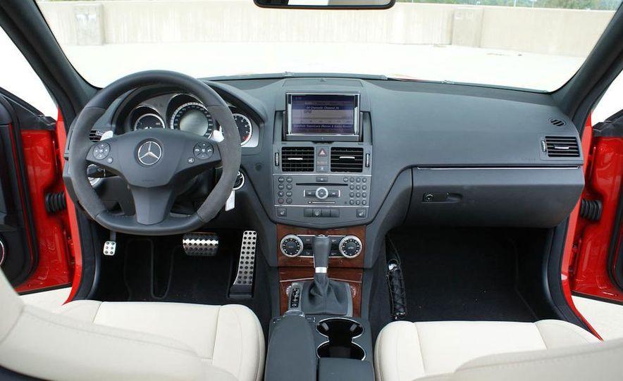 2012 Mercedes-Benz C63 AMG Black Series (spy photo) - Slide 43