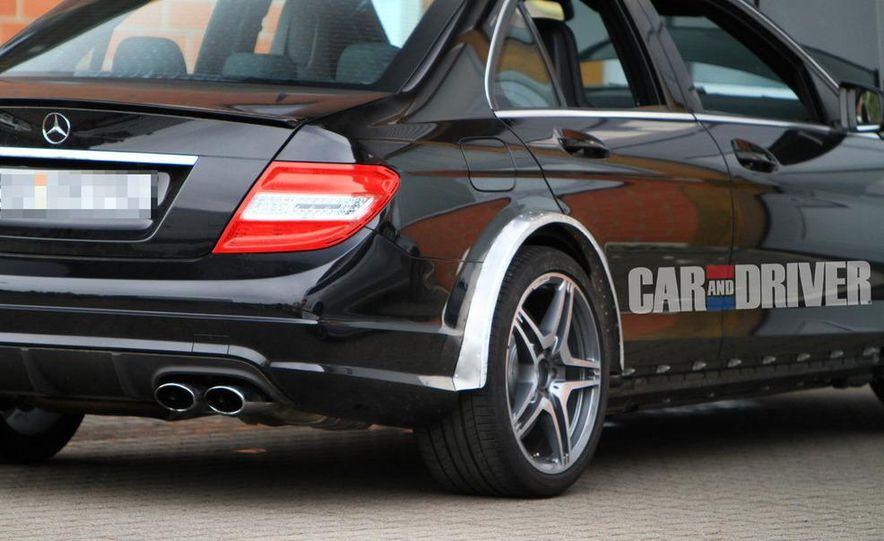 2012 Mercedes-Benz C63 AMG Black Series (spy photo) - Slide 3