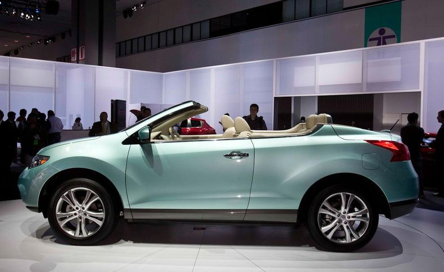 2011 Nissan Murano CrossCabriolet - Slide 7