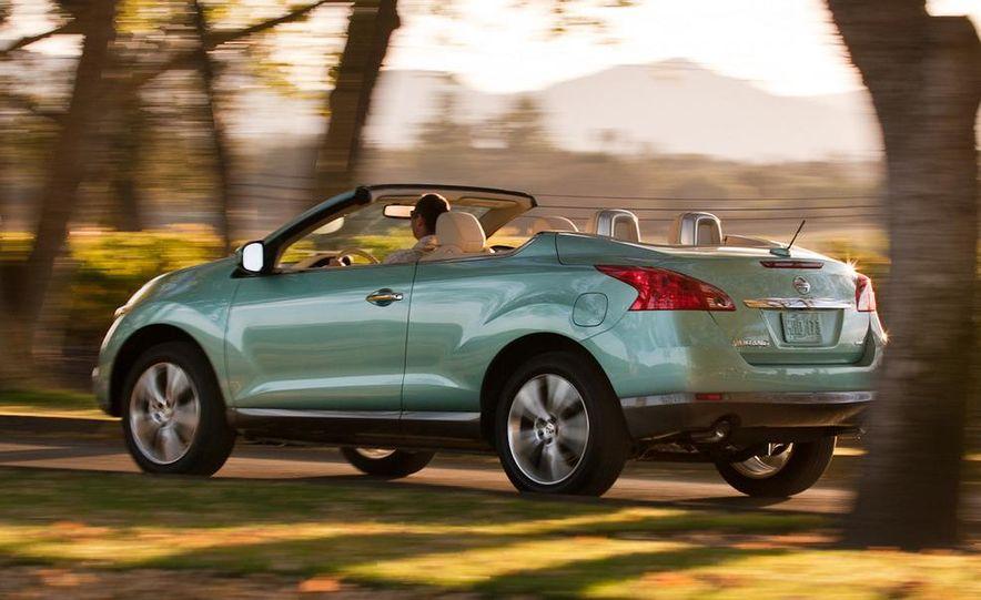 2011 Nissan Murano CrossCabriolet - Slide 4