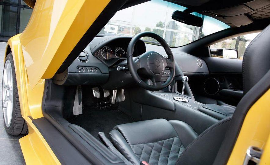 Lamborghini 6.5-liter V-12 engine - Slide 19