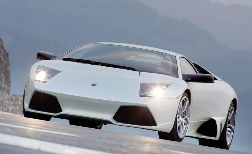 Lamborghini 6.5-liter V-12 engine - Slide 21