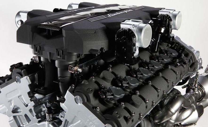 Lamborghini 6.5-liter V-12 engine - Slide 2