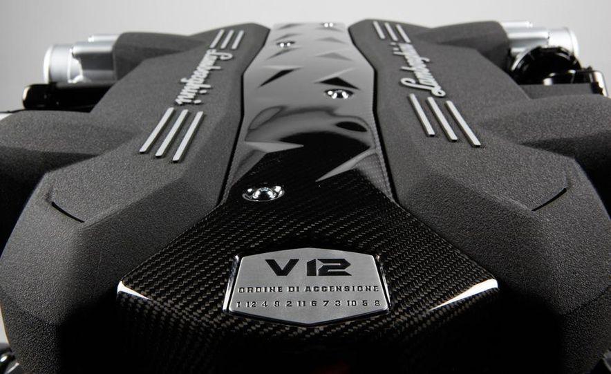 Lamborghini 6.5-liter V-12 engine - Slide 4