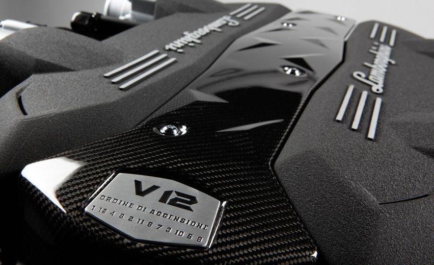 Lamborghini 6.5-liter V-12 engine - Slide 1