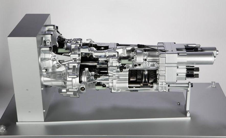Lamborghini 6.5-liter V-12 engine - Slide 9