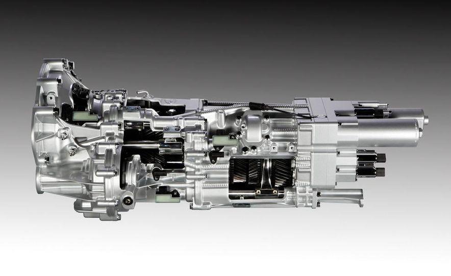 Lamborghini 6.5-liter V-12 engine - Slide 6