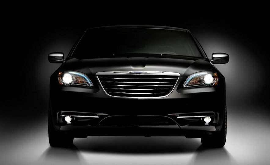 2011 Chrysler 200 - Slide 24