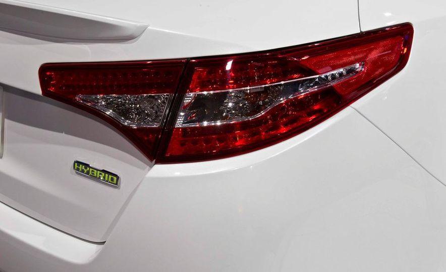 2011 Kia Optima hybrid - Slide 8
