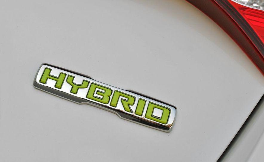 2011 Kia Optima hybrid - Slide 28