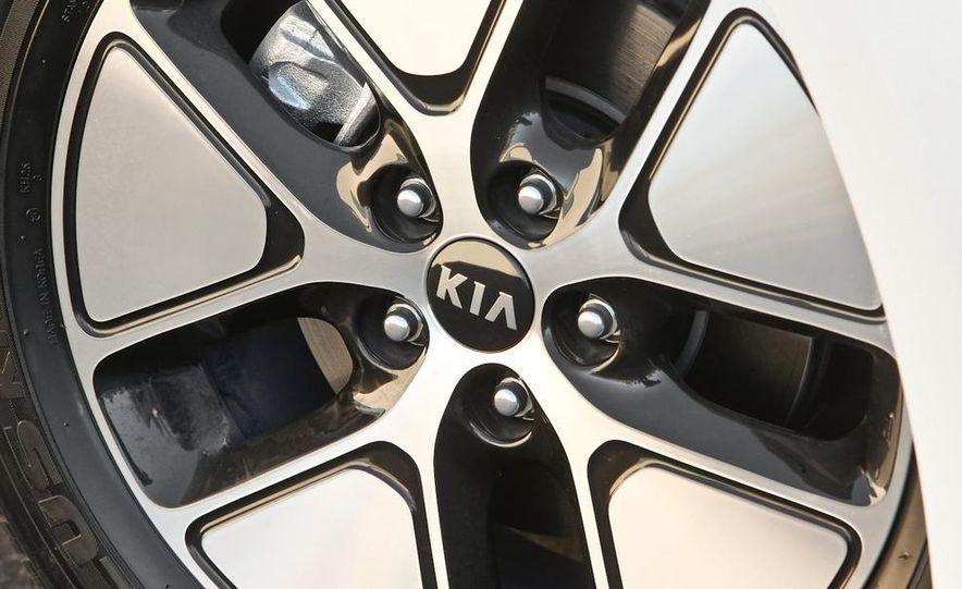 2011 Kia Optima hybrid - Slide 27