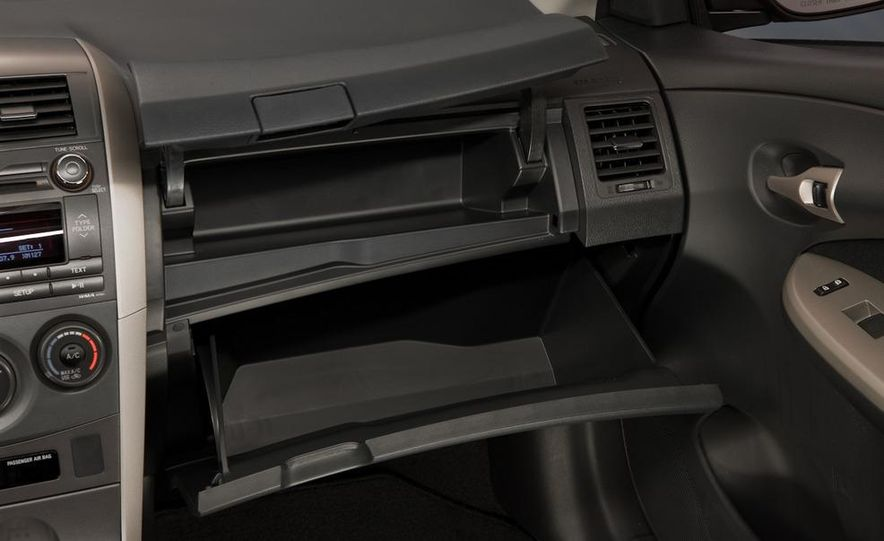 2011 Toyota Corolla - Slide 30