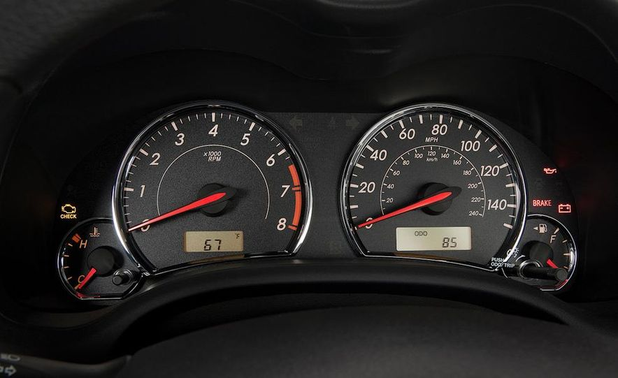 2011 Toyota Corolla - Slide 34