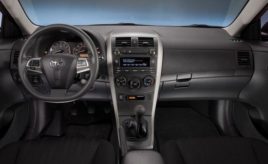 2011 Toyota Corolla - Slide 25