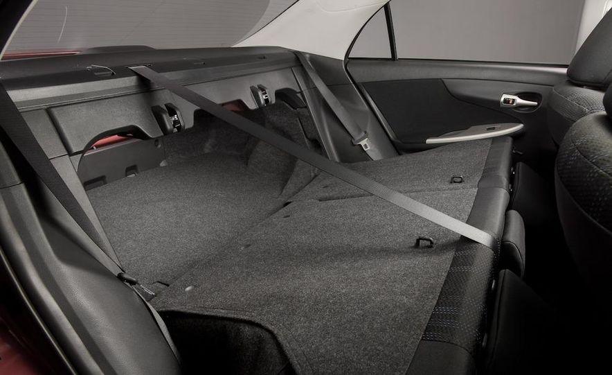 2011 Toyota Corolla - Slide 26
