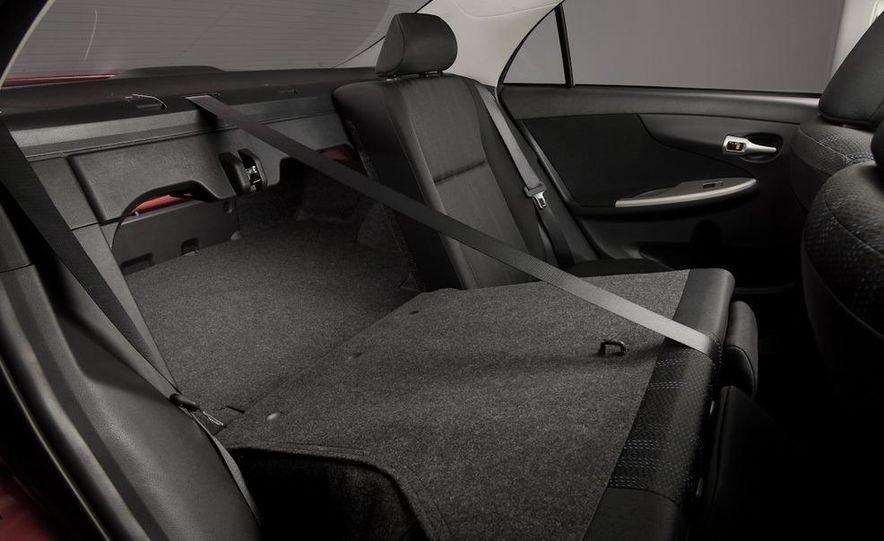 2011 Toyota Corolla - Slide 29