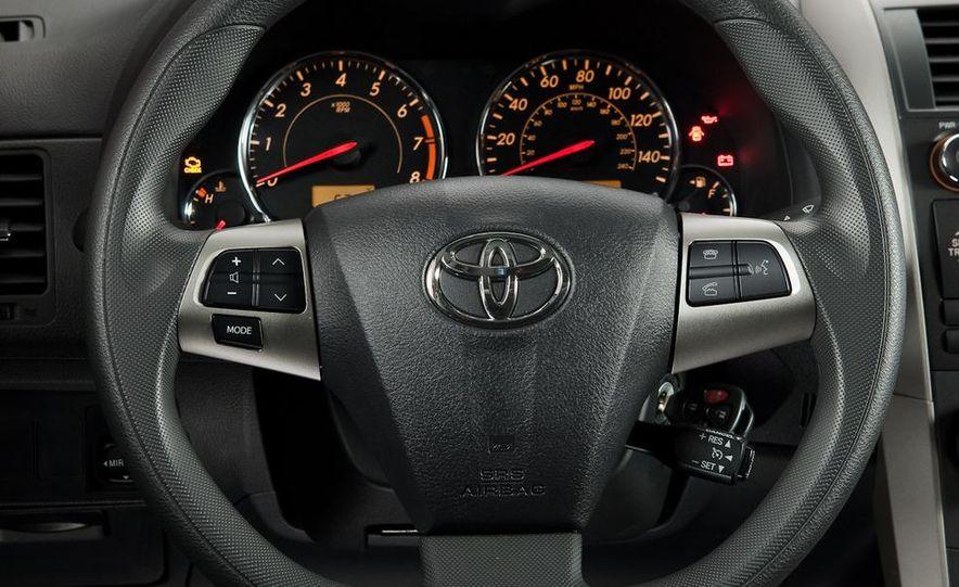2011 Toyota Corolla - Slide 31