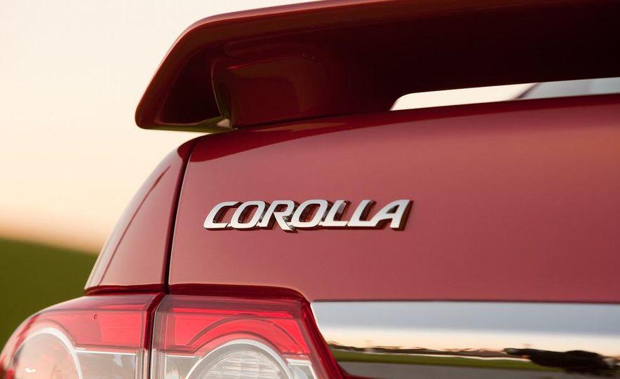 2011 Toyota Corolla - Slide 20