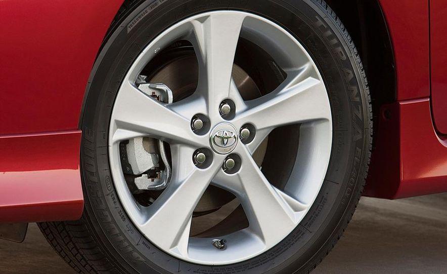2011 Toyota Corolla - Slide 19