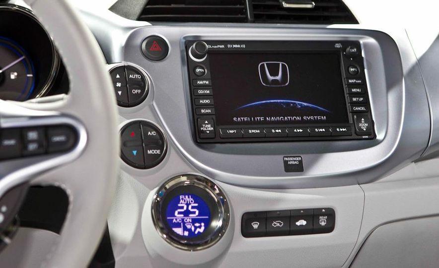 Honda Fit EV concept - Slide 16