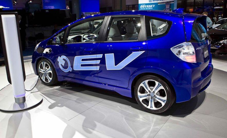 Honda Fit EV concept - Slide 1