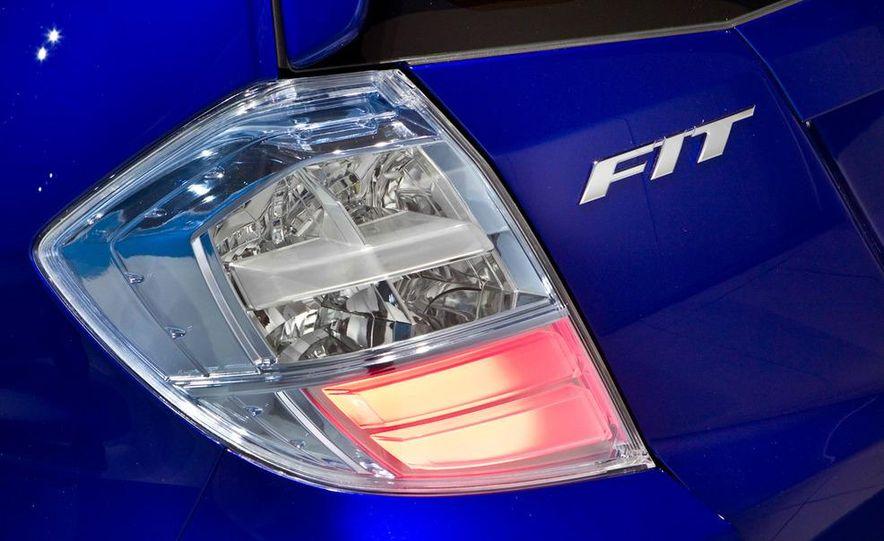 Honda Fit EV concept - Slide 9
