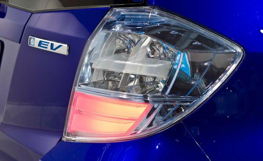 Honda Fit EV concept - Slide 13