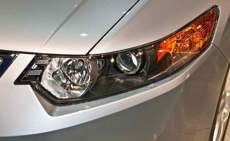 2011 Acura TSX - Slide 12